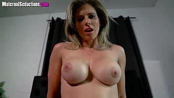 ragazza schizza durante sesso porno